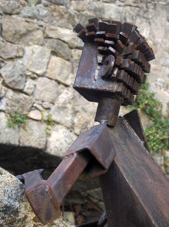 Sculpture de fer forgé à Antraigues sur volane