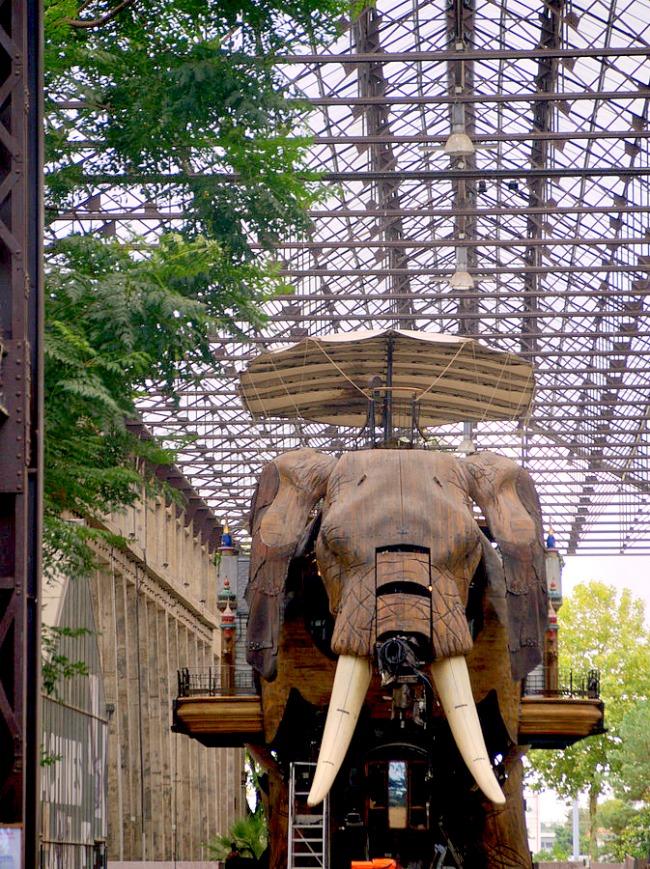 Eléphant de la galerie des machines de nantes