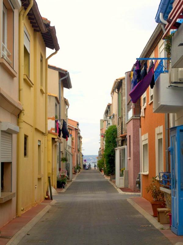 Ruelles colorées de la Pointe courte de Sète