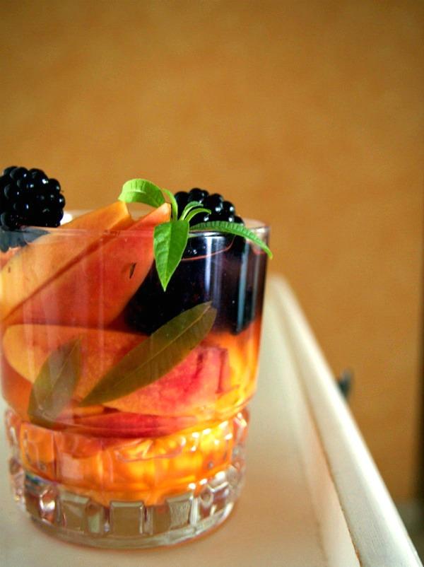 Nectarines rafraichies à la verveine et à la bière vegan