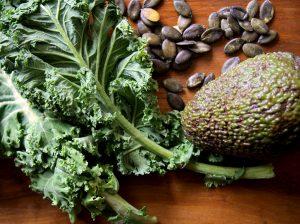 Naturopathie - Chou Kale - Avocat - Graines de courge